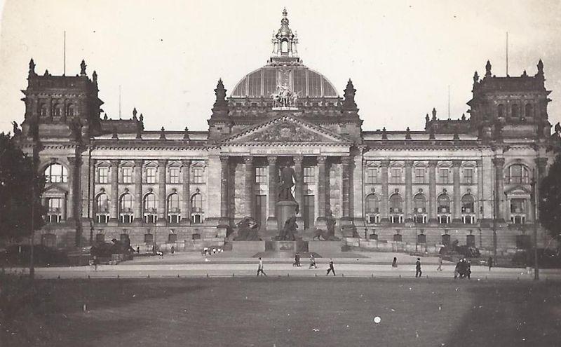 Berlin Reichstag 1929 - Teilhabe am politischen und öffentlichen Leben