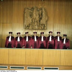 BundesverfassungsgerichtQuelle: Bundesarchiv/Lothar SchaackB 145 Bild-F083310-0001/CC-BY-SA