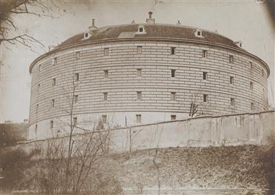 Josef Mutterer Narrenturm c1895 - Körperliche Unversehrtheit